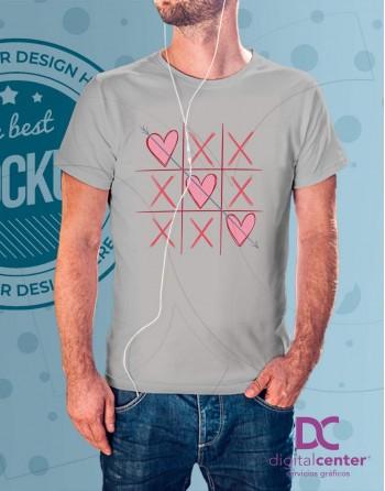 Camiseta tres en raya corazón